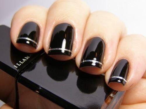 Unas para vestido negro con dorado