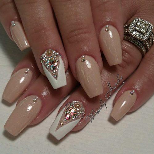 89 dise os de u as decoradas con piedras muy elegantes for Piedras blancas de decoracion