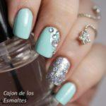 China Glaze – At vase value – Kiko – silver