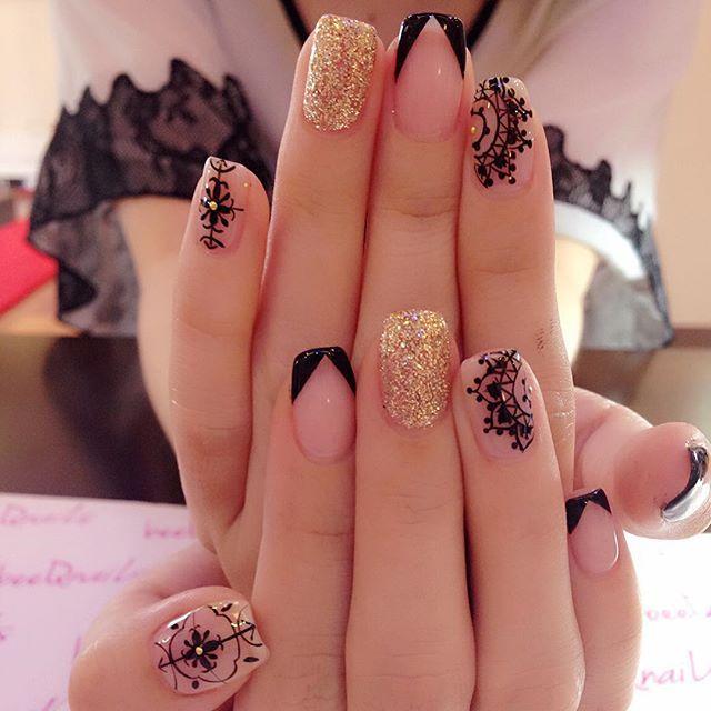 Pin de Nana en Маникюр | Uñas doradas, Manicura de uñas