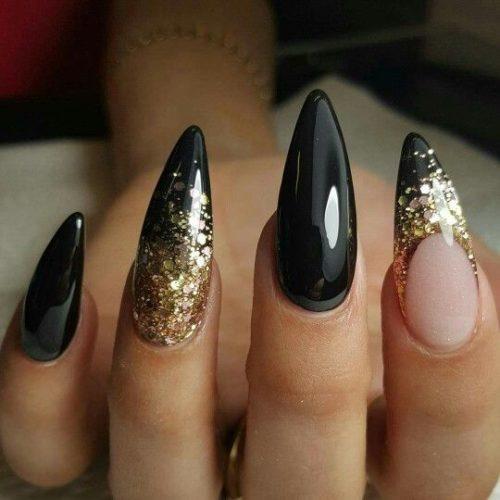 Diseños De Uñas Negras Decoradas Muy Elegantes